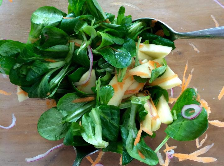 Easy spring salad