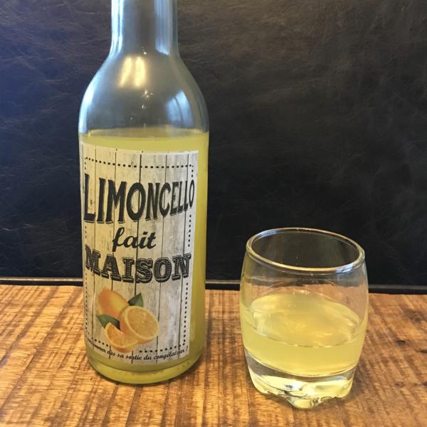Homemade Limoncello fait maison